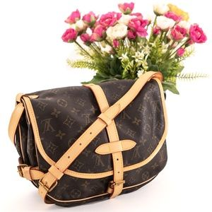 Louis Vuitton Bags - LOUIS VUITTON Saumur 30 Crossbody